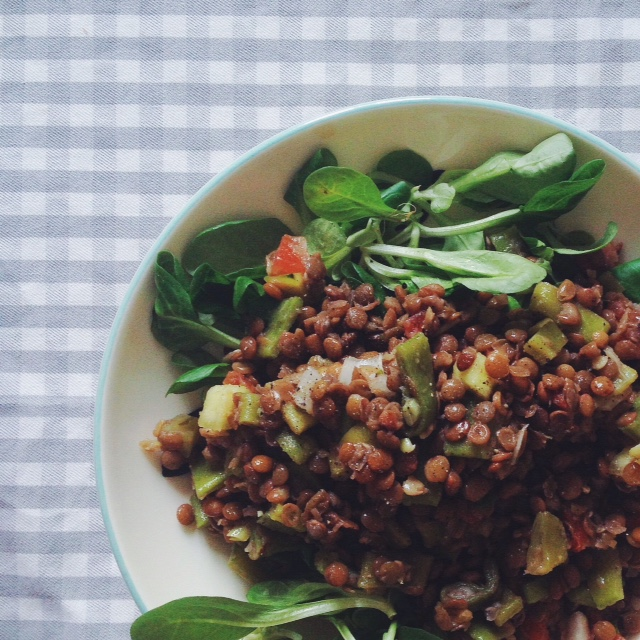 a vegetarian recipe: summer lentils salad